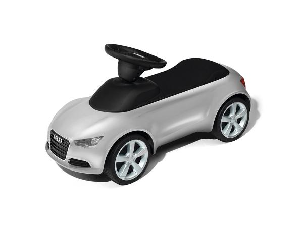 Audi Junior quattro, silber