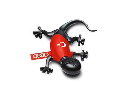 Duftgecko Türkei mit Fußballtrikot, Audi Original Lufterfrischer