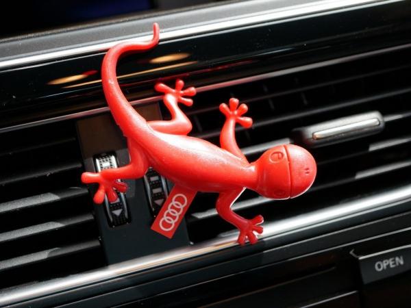 Audi Original Lufterfrischer, Duftgecko Blumiger Duft, rot