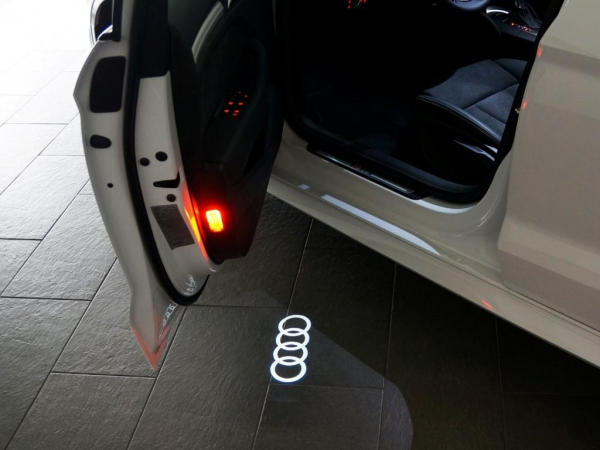 """Audi Original LED Projektor """"Audi Ringe"""" Einstiegsbeleuchtung mit schmalen Stecker"""