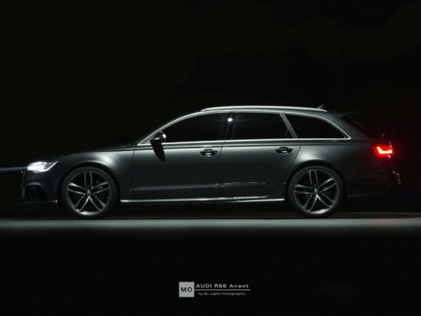 audi rs6 wandbild auf geb rstetem aluminium lager. Black Bedroom Furniture Sets. Home Design Ideas