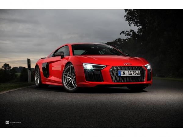 "Audi R8 V10+ Wandbild auf gebürstetem Aluminium ""Front"""