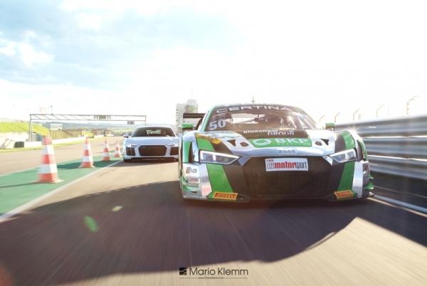 Audi  Wandbild Yaco Racing vs SCHALK Tuning