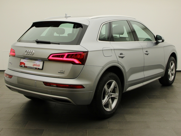 audi q5 sport 3 0 tdi quattro tiptronic led sw. Black Bedroom Furniture Sets. Home Design Ideas